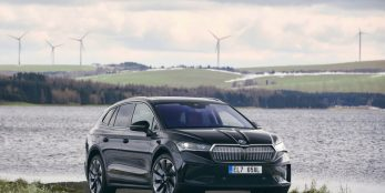 thumbnail ŠKODA AUTO delivers the Enyaq iV to customers with a carbon-neutral balance sheet
