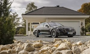 thumbnail Mercedes-Benz reveals UK pricing and specification for S 580 e L plug-in hybrid