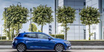 thumbnail New Renault Megane Hatch E-Tech Plug-in Hybrid press kit