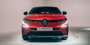 thumbnail All-New Renault Mégane E-Tech Electric unveiled at the IAA Munich Mobility Show 2021