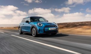 thumbnail One millionth MINI delivered in the UK